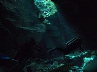 最も透明度の高い水セノーテの画像001