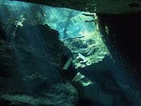 最も透明度の高い水セノーテの画像006