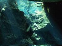 最も透明度の高い水セノーテの画像007