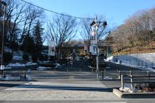 多摩動物公園前の横断歩道