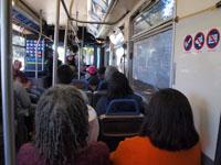 ロサンゼルスのバスの車内の画像001