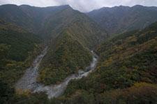 祖谷の渓谷の画像012