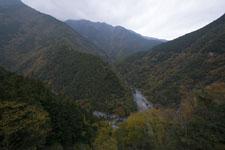 祖谷の渓谷の画像013