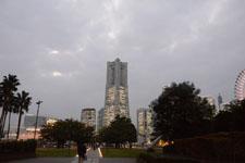 ランドマークタワーの夜景の画像001