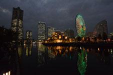 ランドマークタワーと大観覧車の夜景の画像004