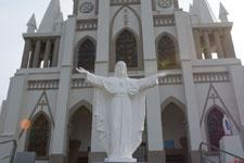 長崎市伊王島の教会の画像003