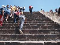 メキシコシティ近郊のテオティワカン遺跡の画像005