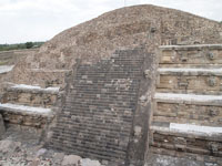 メキシコシティ近郊のテオティワカン遺跡の画像043