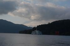 芦ノ湖と遊覧船の画像002
