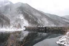 白川郷の川の画像006
