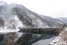 白川郷の川の画像009