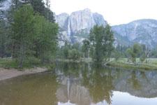 ヨセミテ国立公園の池の画像002