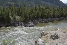 イエローストーン国立公園の渓谷の画像011