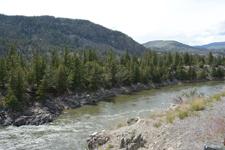 イエローストーン国立公園の渓谷の画像012