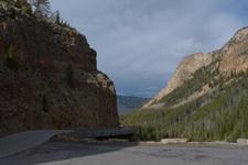 イエローストーン国立公園の渓谷の画像013