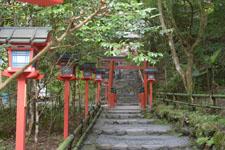 京都府貴船の貴船神社の鳥居の画像002