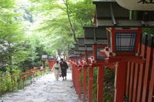 京都府貴船の貴船神社の鳥居の画像003