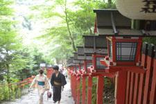 京都府貴船の貴船神社の鳥居の画像004