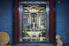 白川郷の仏壇の画像002