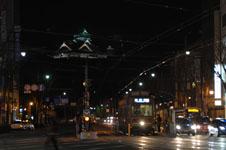 ライトアップされた熊本城の天守閣の画像004