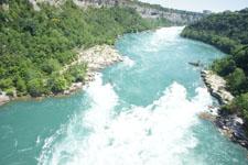 ナイアガラ川の画像007