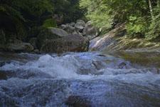 滑床渓谷の川の画像006