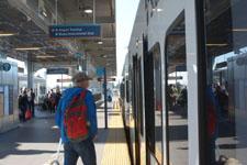 シアトル・タコマ国際空港の電車の画像003