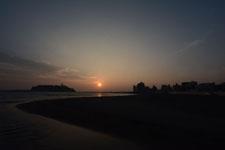湘南の海と江の島に沈む夕日の画像001