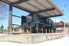 野辺山駅の機関車の画像001