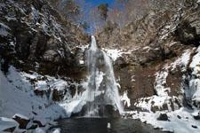 福島の雪の滝の画像013