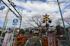 京王井の頭線井の頭公園駅の踏切の画像001