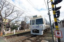 京王井の頭線の電車の画像003