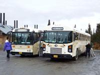 アラスカのバス