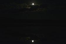 釧路湿原にかかる月の画像008