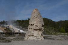 イエローストーン国立公園のリバティ・キャップの画像001