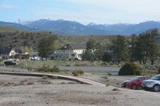 イエローストーン国立公園のマンモスホットスプリングスの画像001
