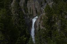 イエローストーン国立公園の滝の画像001