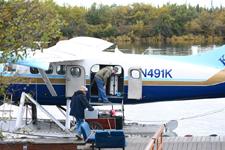 アラスカの水上飛行機の画像003