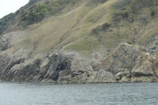 海の岩の画像001