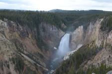 イエローストーン国立公園の滝の画像004