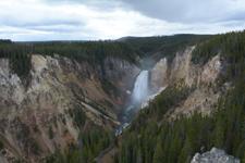 イエローストーン国立公園の滝の画像005