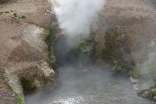 イエローストーン国立公園のホットスプリングの画像014