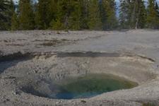 イエローストーン国立公園のホットスプリングの画像028