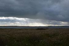 野付半島の草原と雲の画像005