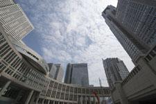 新宿の高層ビルの画像006