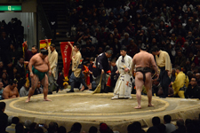 大相撲 嘉風 雅継と白鵬 翔の画像006
