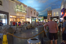 ラスベガスのショッピングモールの画像012