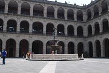 メキシコシティの建物の画像047