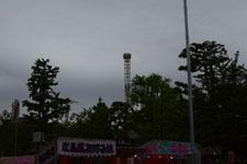 浅草寺から見た花やしき