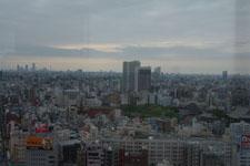 隅田川と浅草の街並みの画像002